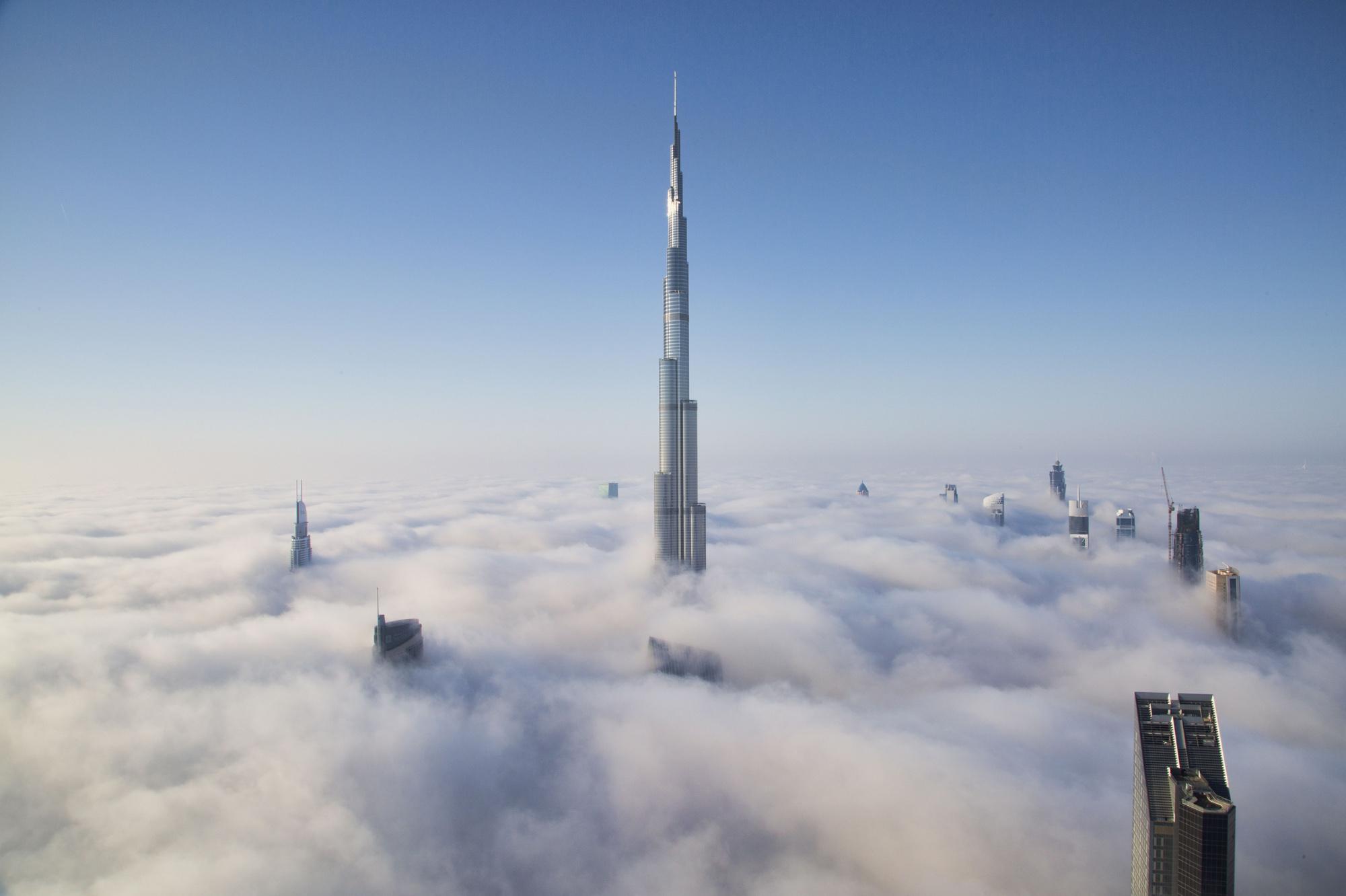 Les plus grandes tours du monde voyagehouse - Les plus haut building du monde ...